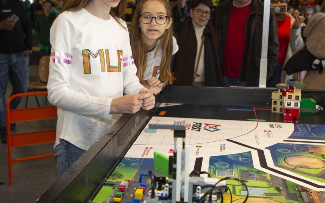 Montessori Lyceum winnaars LEGO League Flevoland